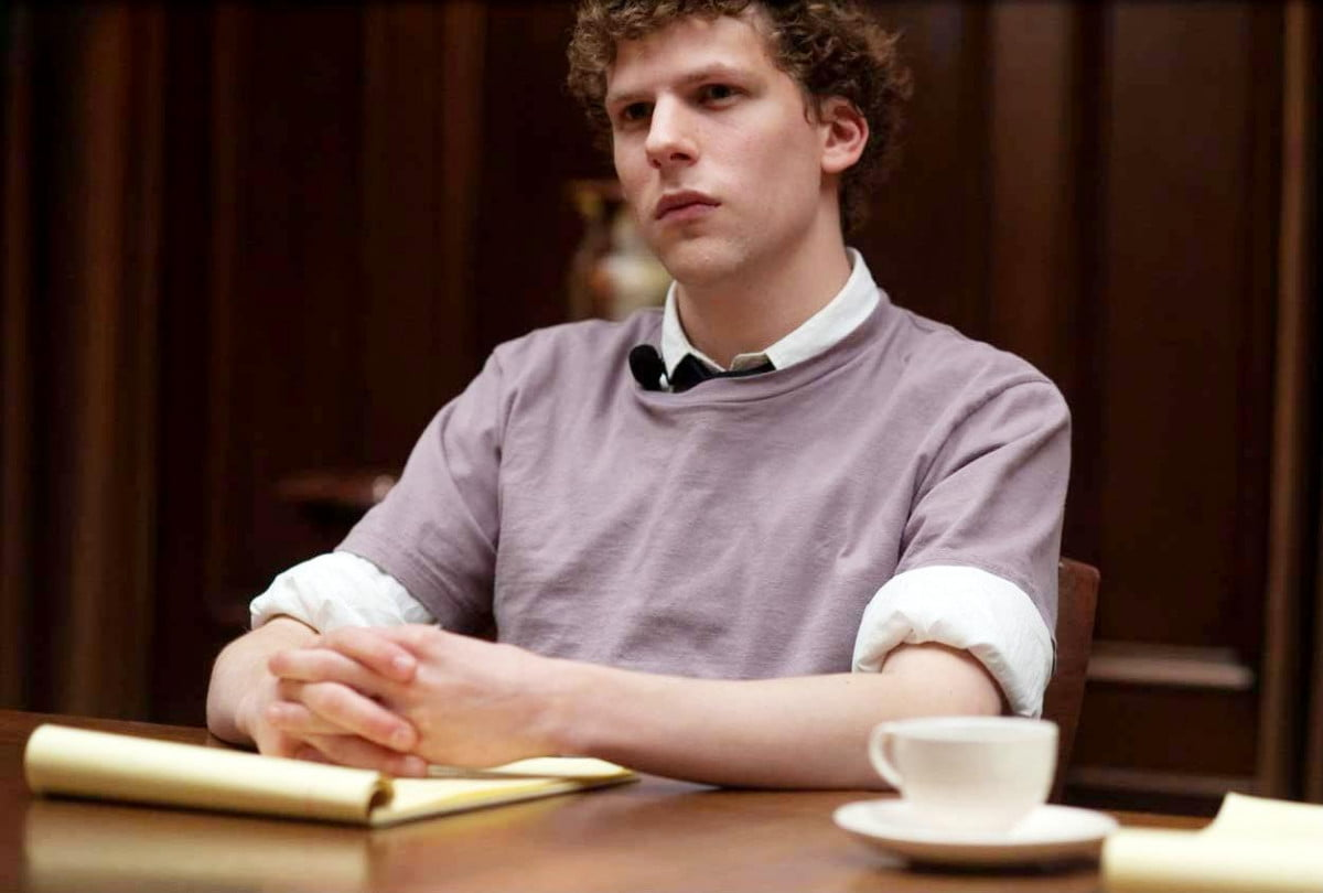 jesse eisenberg expects lex luthor stand apart previous versions social network