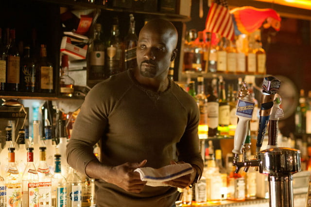 luke cage premiere date netflix jessica jones mike colter as