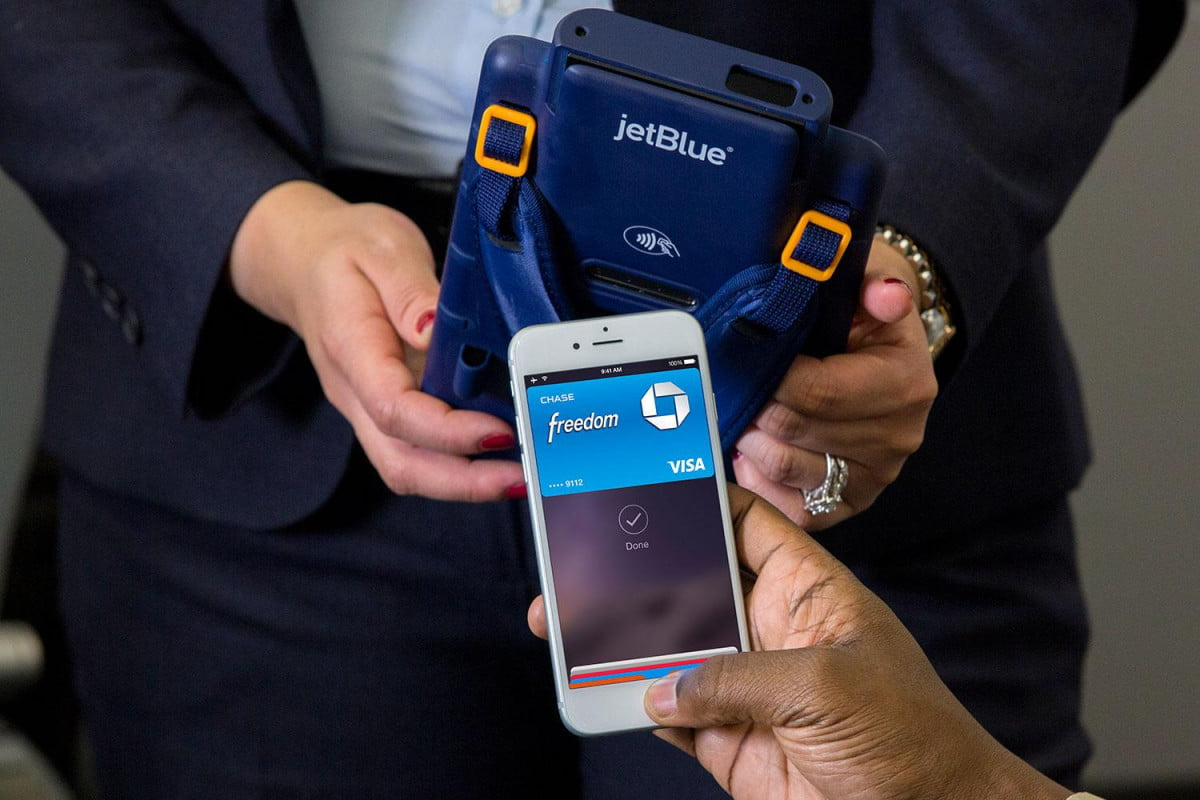 jetblue becomes first airline to accept apple pay in the skies l