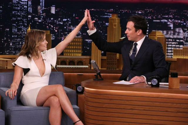 jimmy fallon tonight show success lands  year contract extension sophia bush