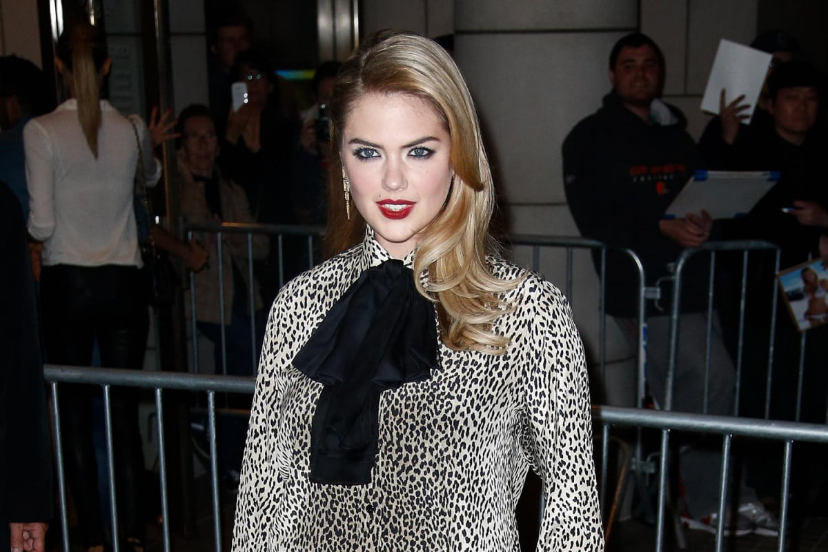 fbi apple looking alleged icloud hack involving celebrities private photos videos kate upton