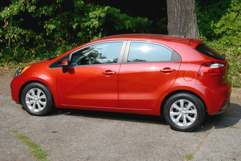 kia rio review exterior left side 2012