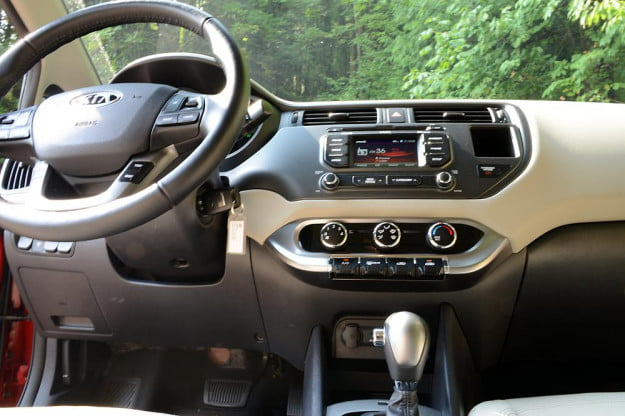 kia rio review interior drivers 2012 compact