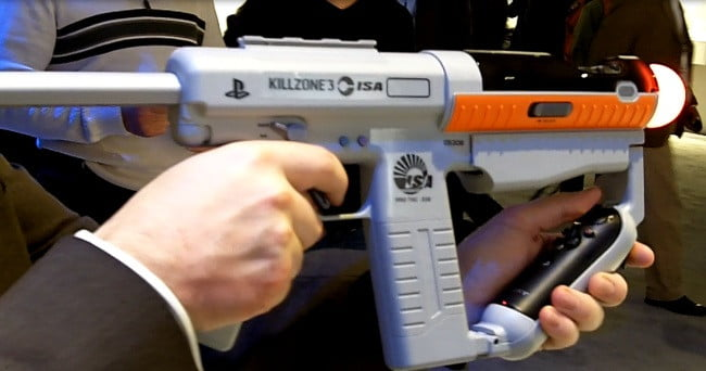 Get Off The Playstation 3 : Sony shows off killzone d with move sharp shooter motion