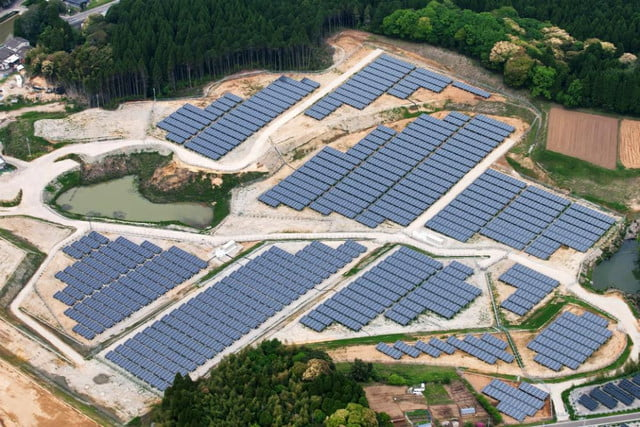 japan transforming its disused golf courses into solar farms kyocera  mw project in miyazaki prefecture