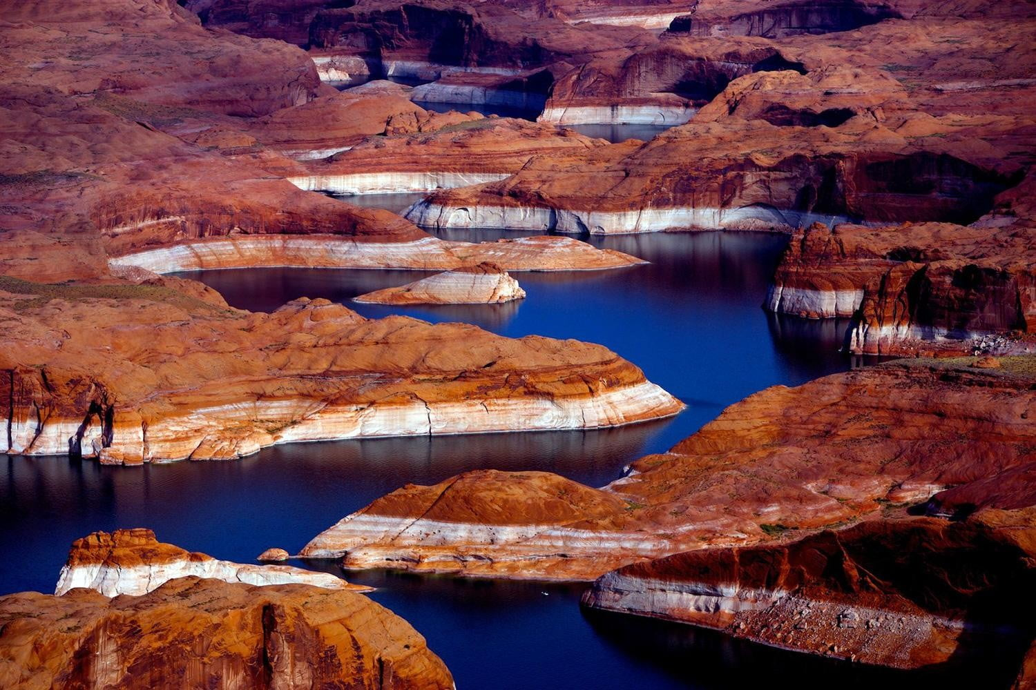 Lake Powell, AZ (Vincent Laforet Lake Powell Aerial 02)