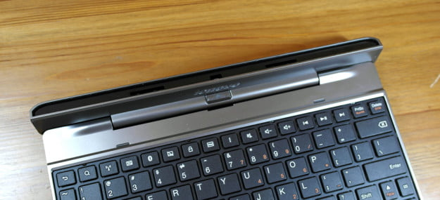 Lenovo IdeaTab S2110 review keyboard dock hybrid tablet