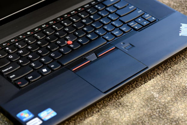 Lenovo ThinkPad Edge E530 review keyboard touchpad