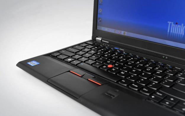 Lenovo ThinkPad X230 small touchpad