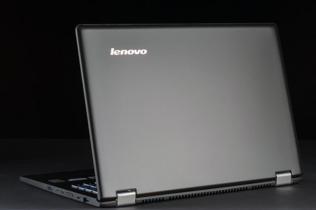 Lenovo Yoga 13 review lid open