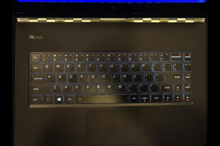 hands on lenovo yoga  pro keyboard