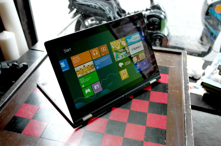 Lenovo Yoga review front tablet mode