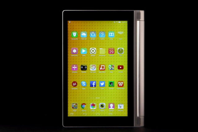 LeNovo Yoga Tablet 8 front portrait 4