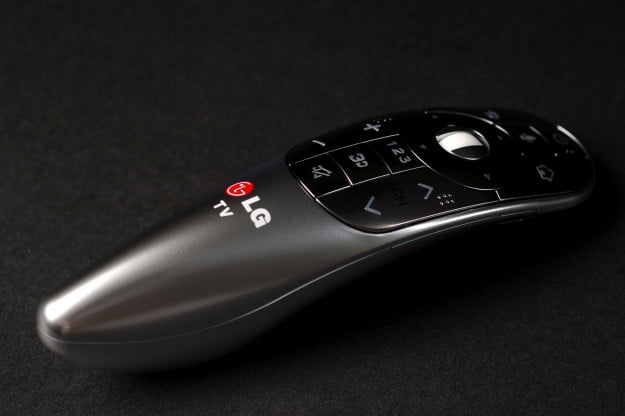 LG 55LA8600 LED TV remote angle