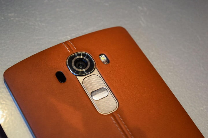 lg g  hands on leather case camera