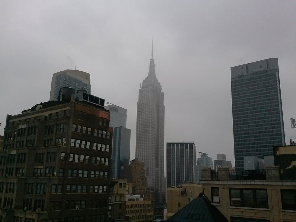 lg mach review camera sample picture nyc