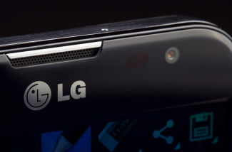 lg-optimus-g-pro-black-front-camera-macro-angle