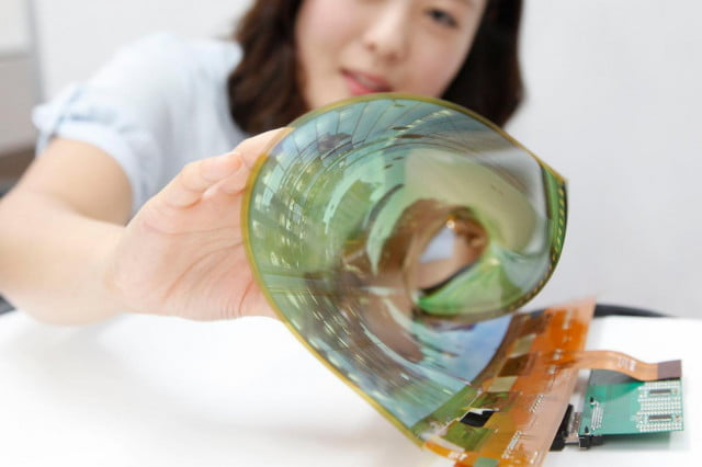 lg foldable phone  release rollable oled display flexible