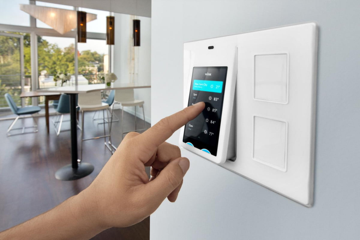 wink relay smart home control panel