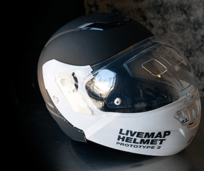 Want a HUD in your motorcycle helmet? Livemap survives where Skully crashed