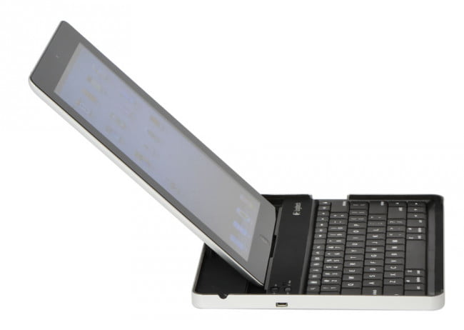 Logitech iPad 2 Bluetooth Keyboard Side View