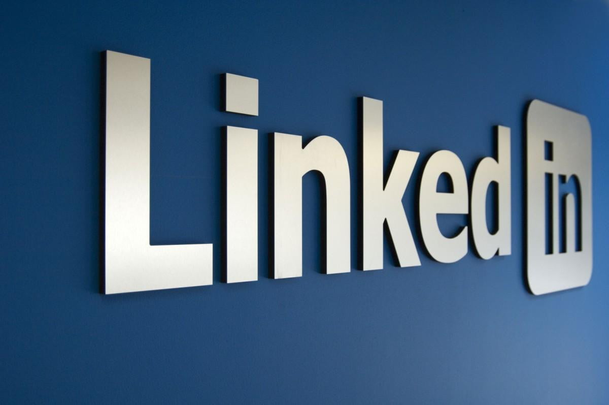 linkedin pays  m to settle suit regarding excessive emailing tells users via email logo