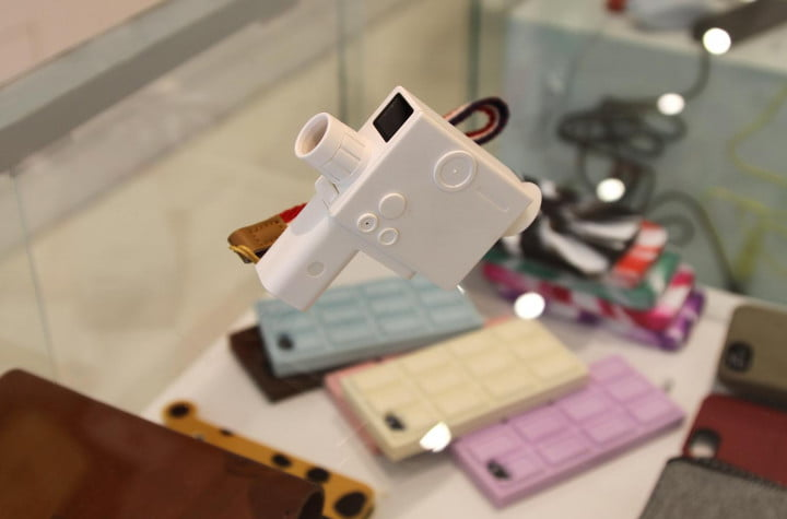 cant fly to tokyo new yorks ac gears is the geeks next best gadget fix lomo camera