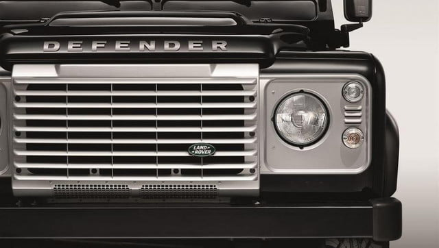 land rover announces limited edition defender africa lr def silver pack detail  lowres x c