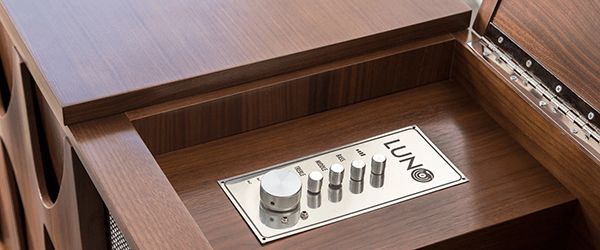 If booze and vinyl made a baby it would be the Luno EGB2 Record Console