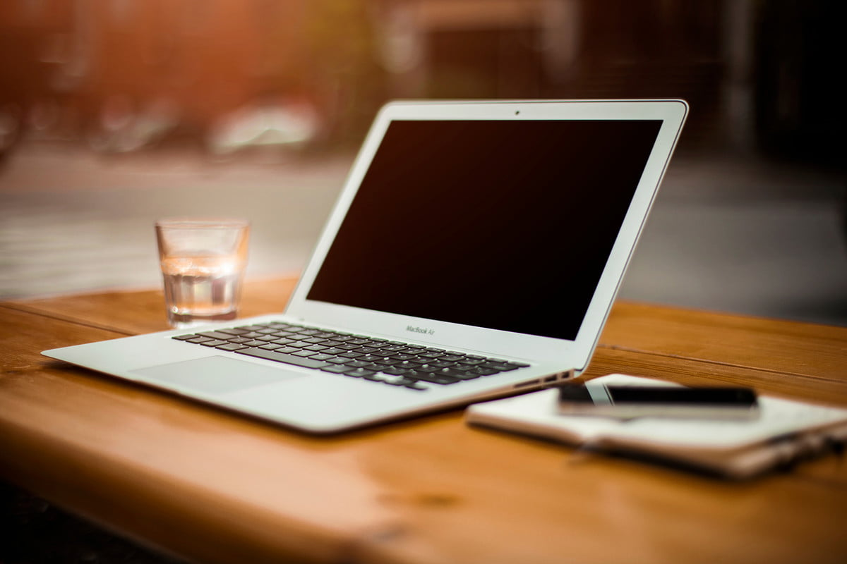 is apple about to ditch the  inch air for a new model macbook