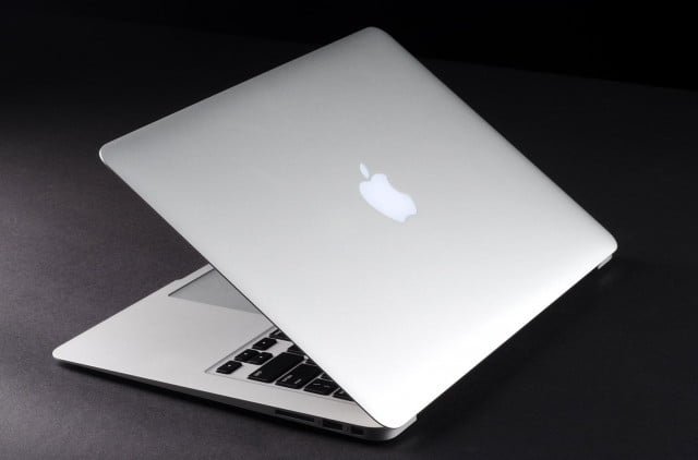 MacBook Air 2013 review lid open angle