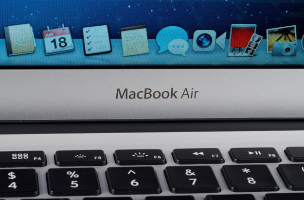 MacBook-Air-2013-review-logo