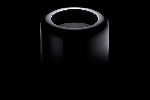 apple still celebrating mac birthday uses pay tribute macpro