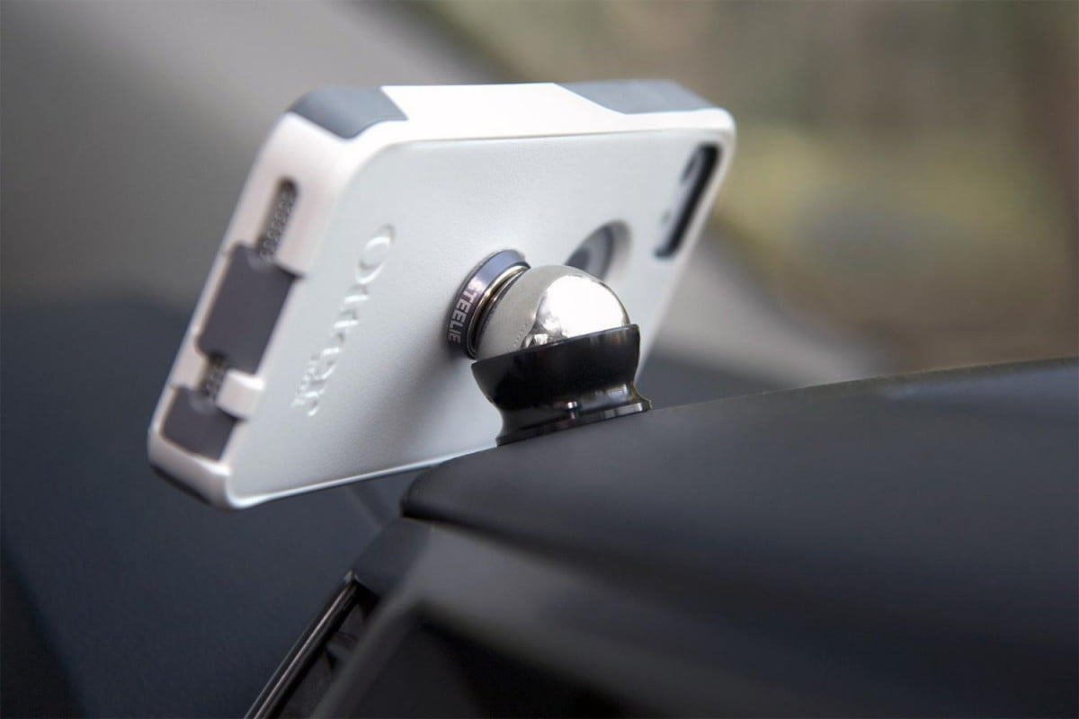 how magnets really affect phones hard drives magnetic car mount steelie