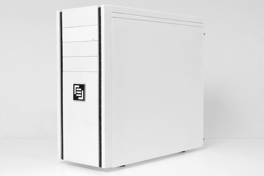 maingear-vybe-review-white-front-angle