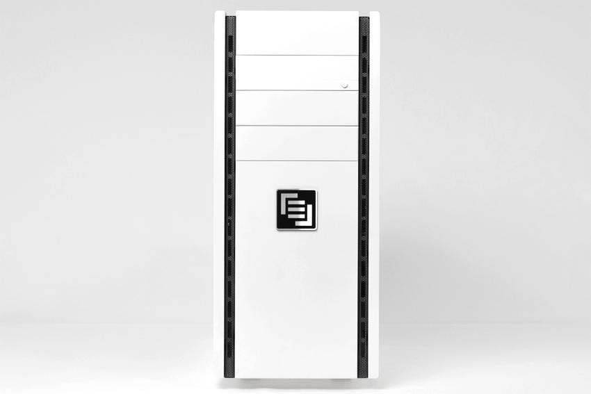 maingear-vybe-review-white-front