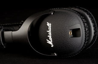Marshall-Monitor-review-right-ear