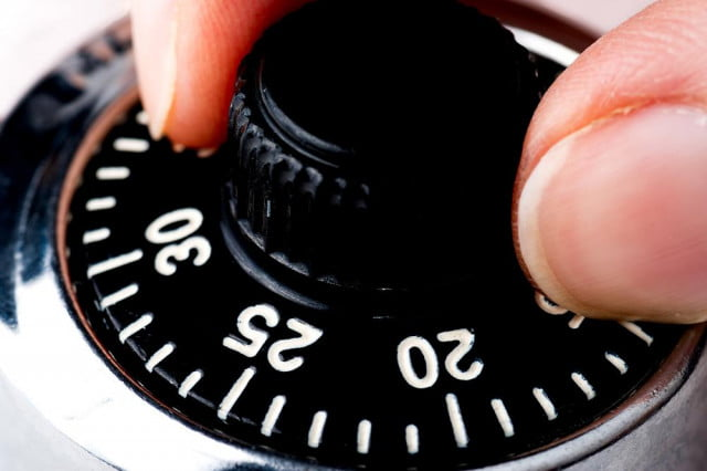 how to open master combination lock in  tries or less combo