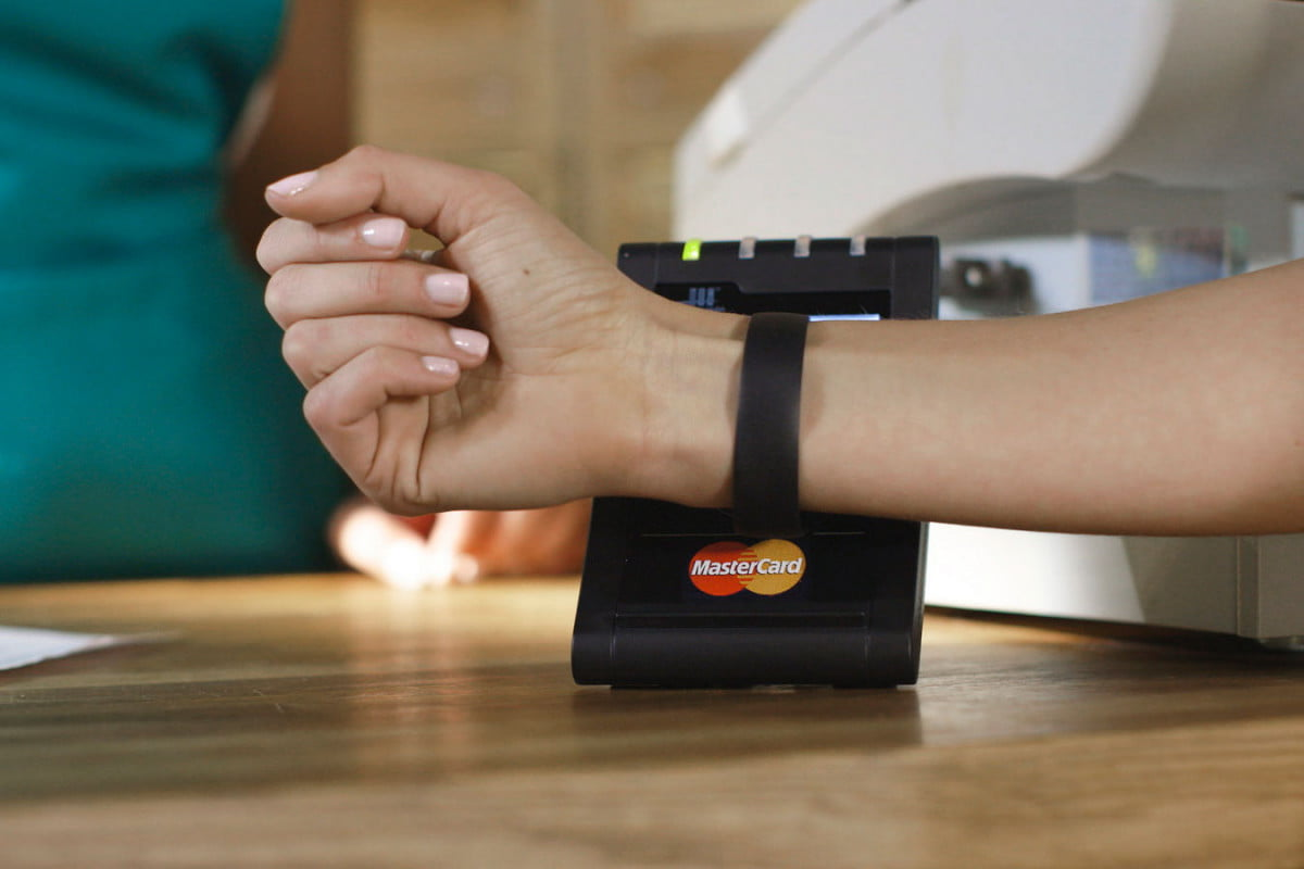 mastercard coin wearable payments  commerce for every device