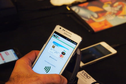 We try out the MasterCard PayPass Android system at CTIA