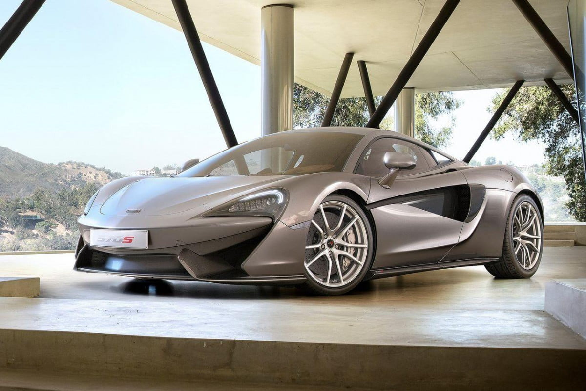 mclaren  s spider performance specs news rumors coupe front angle
