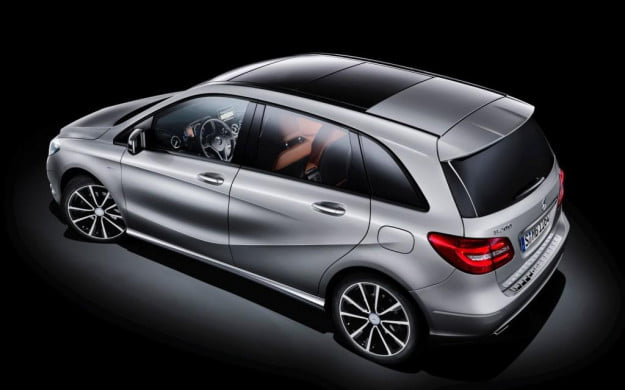 2014 Mercedes-Benz B-Class rear overhead view