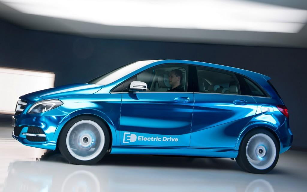 mercedes benz b class electric drive has the bmw i  in its sights to debut at paris motor show