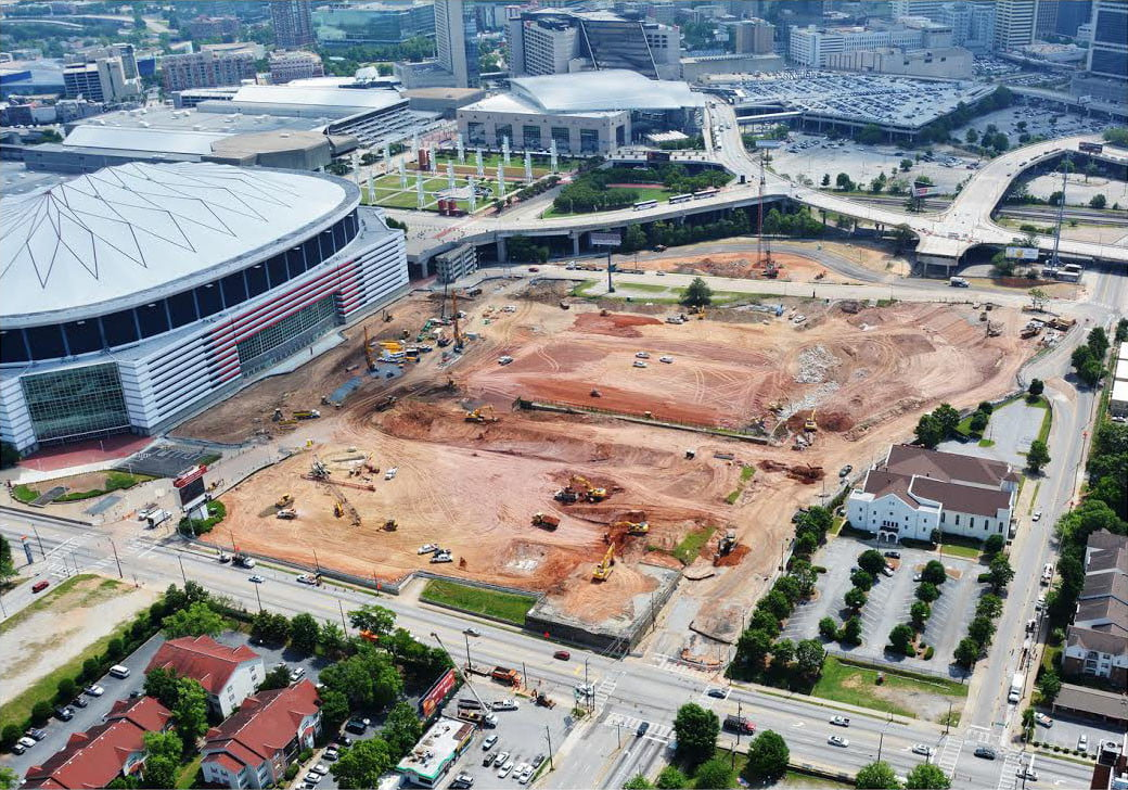 Dt10 fans and players compete for stardom in future for Hotels mercedes benz stadium
