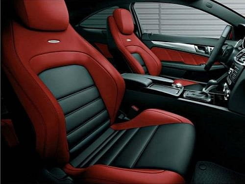 mercedes-benz-unveils-new-limited-edition-c63-amg-in-japan-medium_4