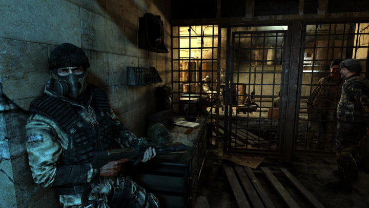 metro-last-light-review-cell