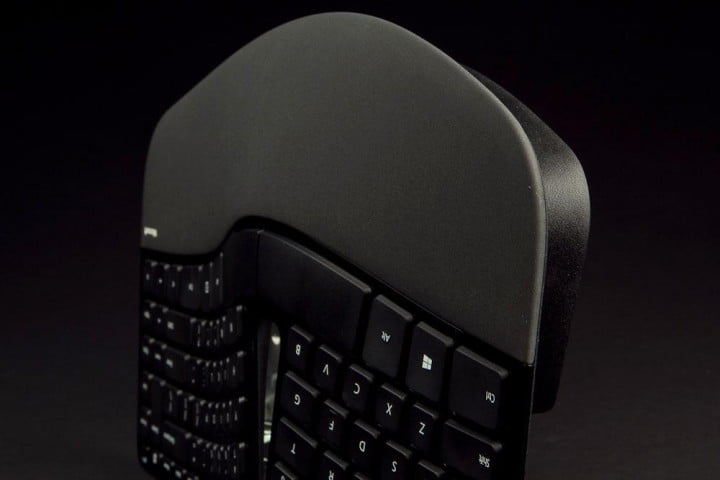 microsoft sculpt ergonomic desktop review keyboard wrist rest
