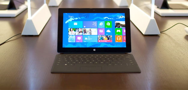 Microsoft Surface in store windows 8 tablet rt