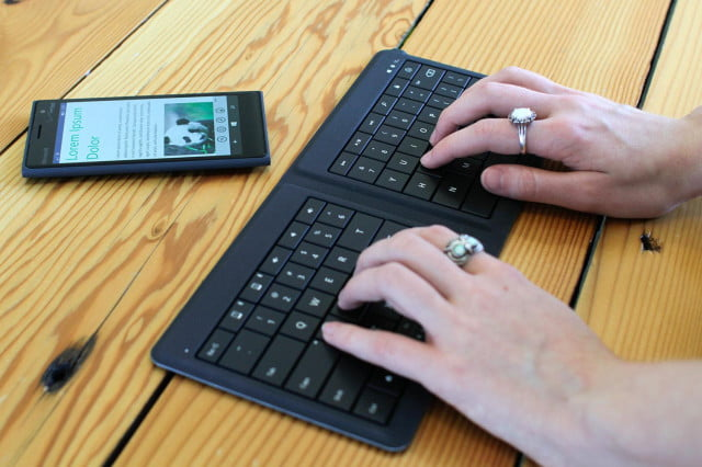 using a wireless mouse or keyboard they can be hijacked from up to  yards away microsoft universal foldable typing angle