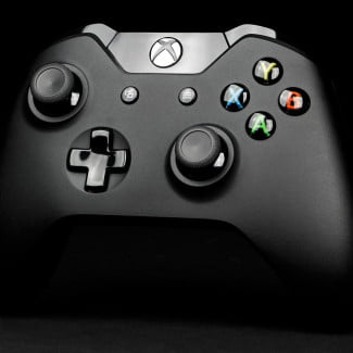 microsoft xbox one review controller front angle